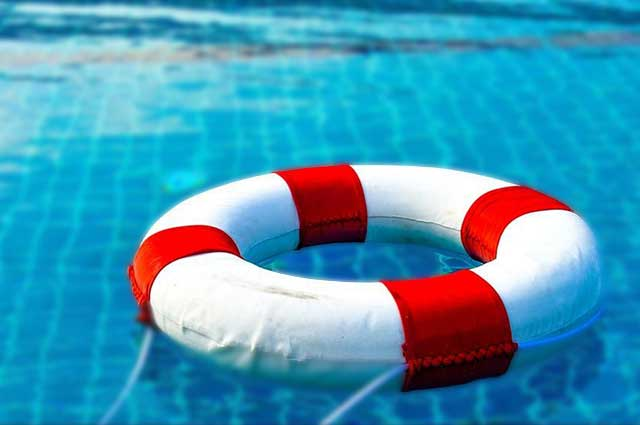 6 Safety Features to Add to Your Pool in 2019