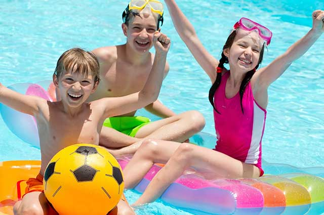 How to Start Getting Your Pool Ready for Summer