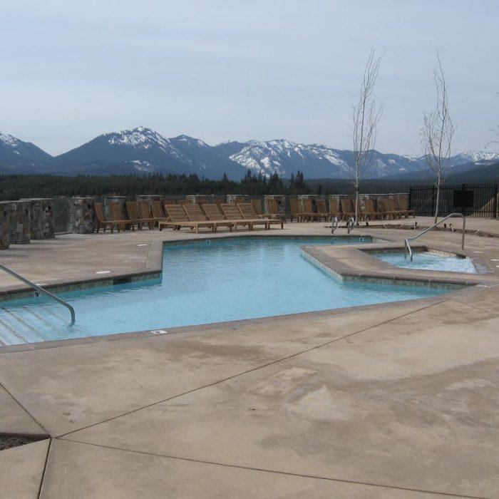 Suncadia Pool
